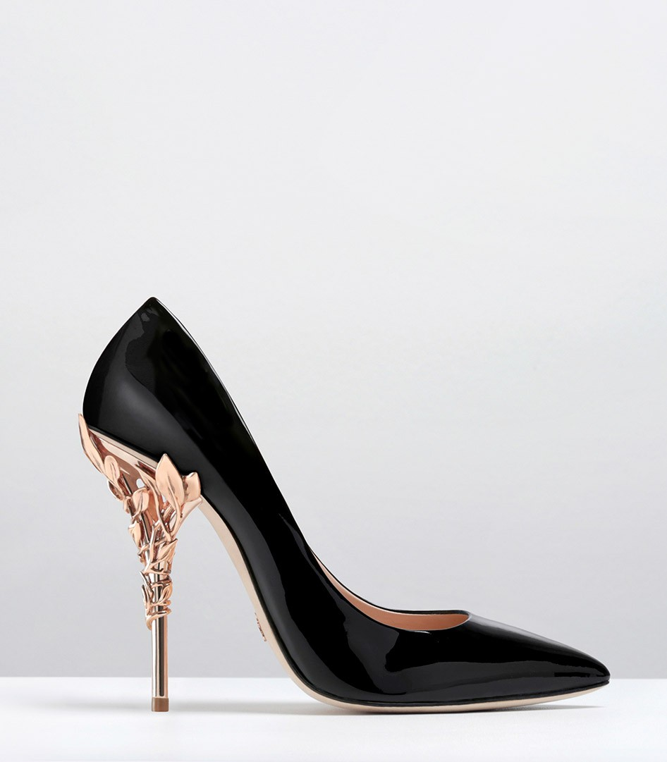 Black Pumps With Gold Heel VHMevBut