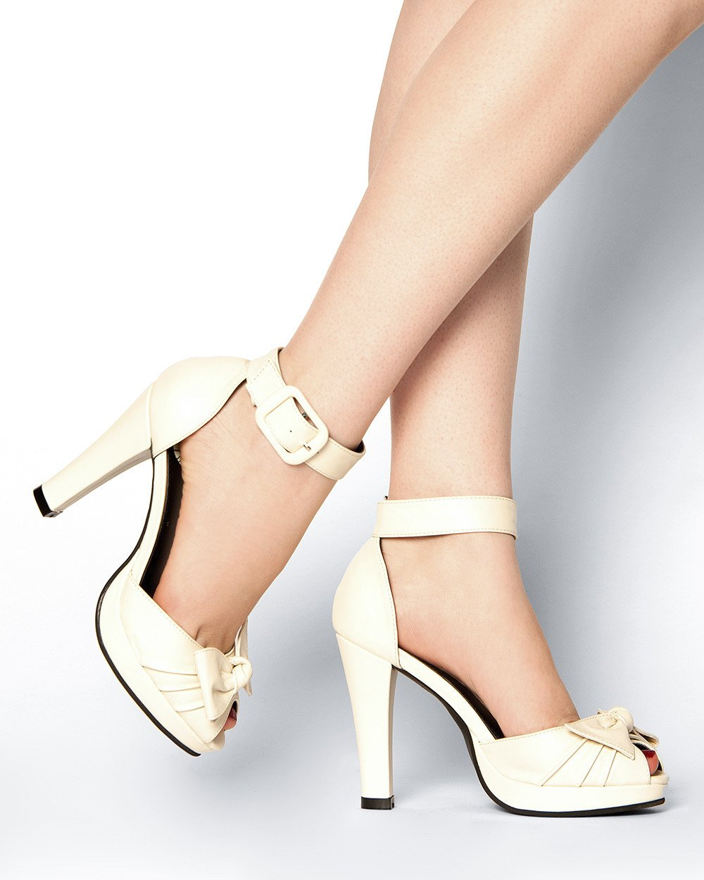 Cream Heels With Ankle Strap up10ttHJ