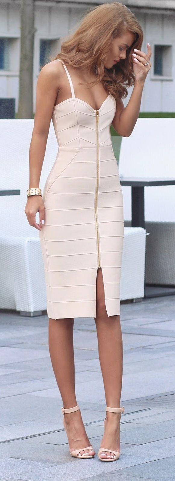 Dresses With Nude Heels FGqMj52w