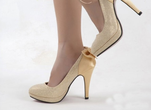 Gold Closed Toe Heels hThjYBS1