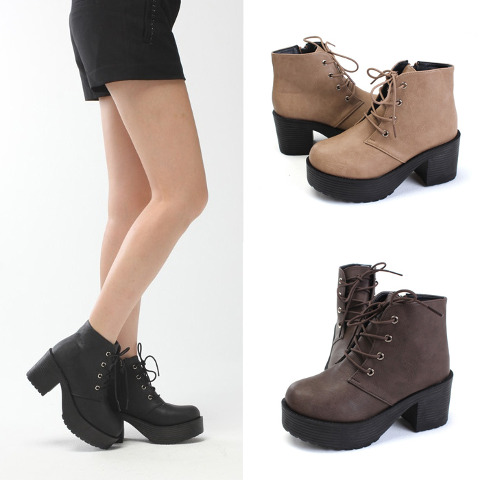 Lace Up Chunky Heel Boots IVS2JQJn
