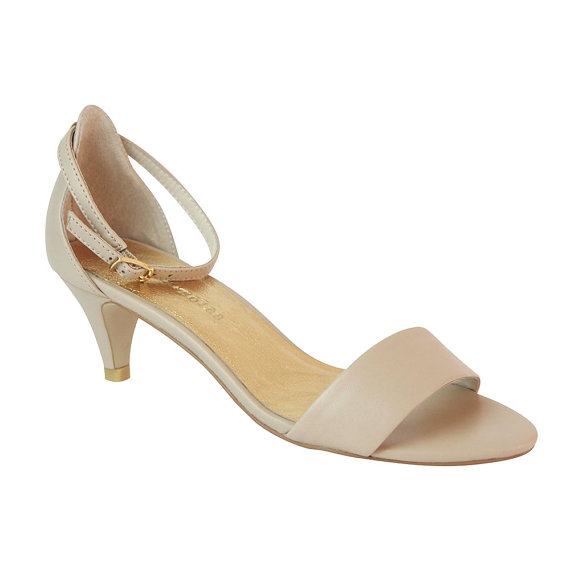 Low Heel Nude Sandals j6t54u0D
