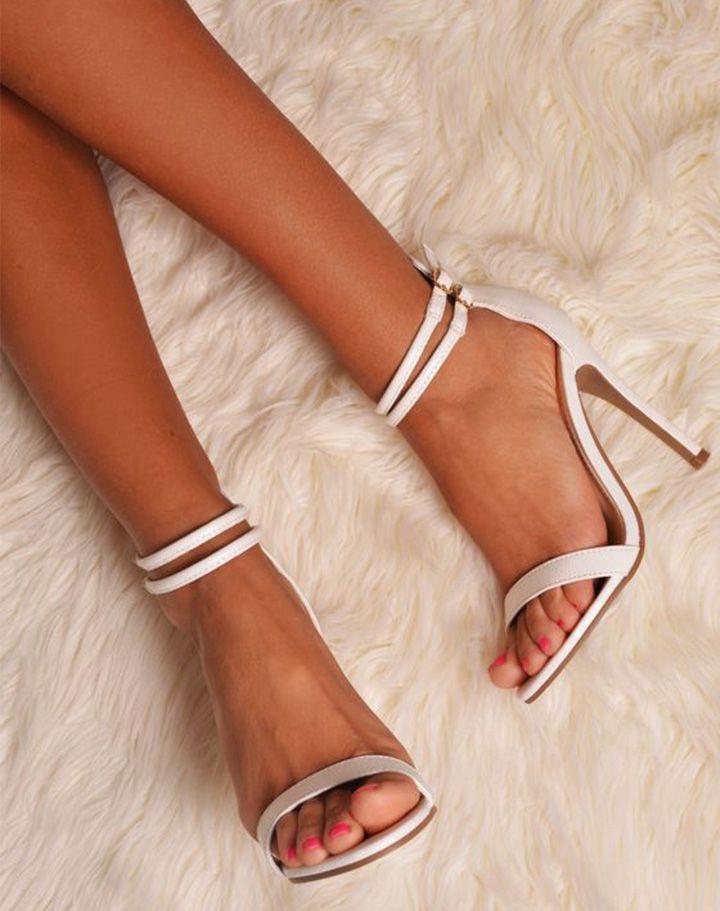 Neutral Strappy Heels LjHhg4uY