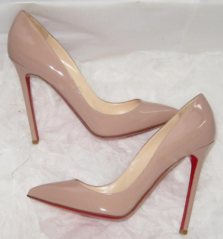 Nude And Red Heels CaHyWHrY