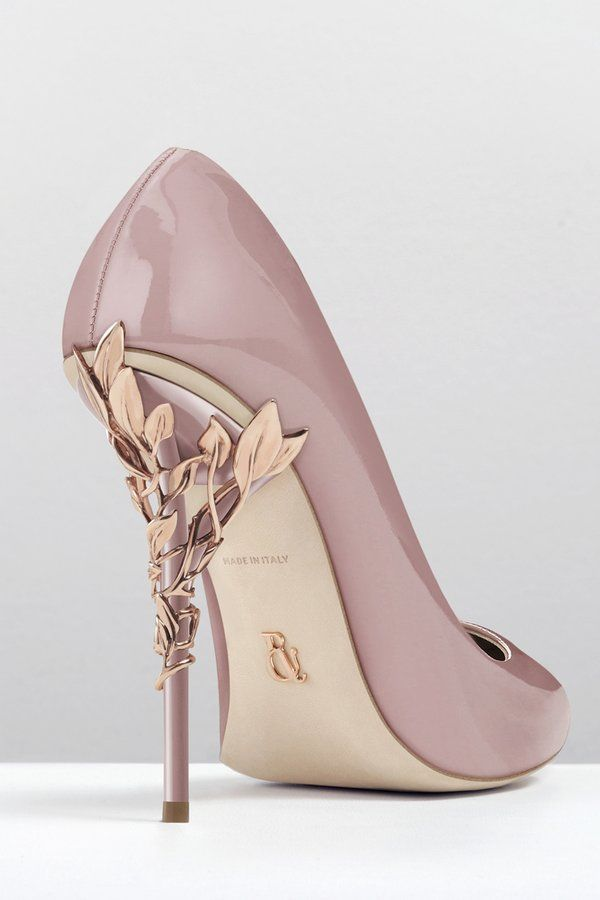 Pumps With Gold Heel IE4pmtJ9