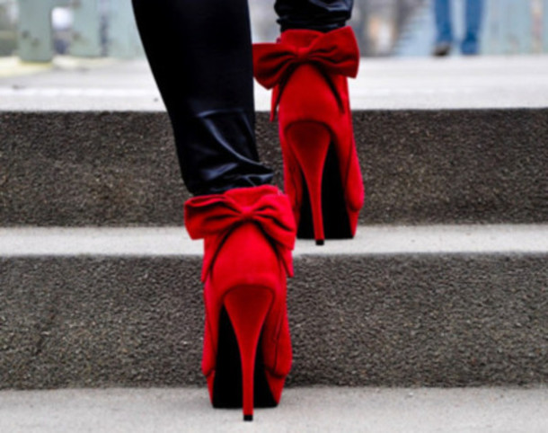 Red Heels With Bow On Back nLAJQ9Q3