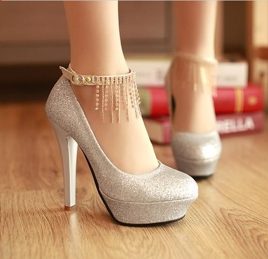 Silver Closed Toe High Heels 29VSOdsn