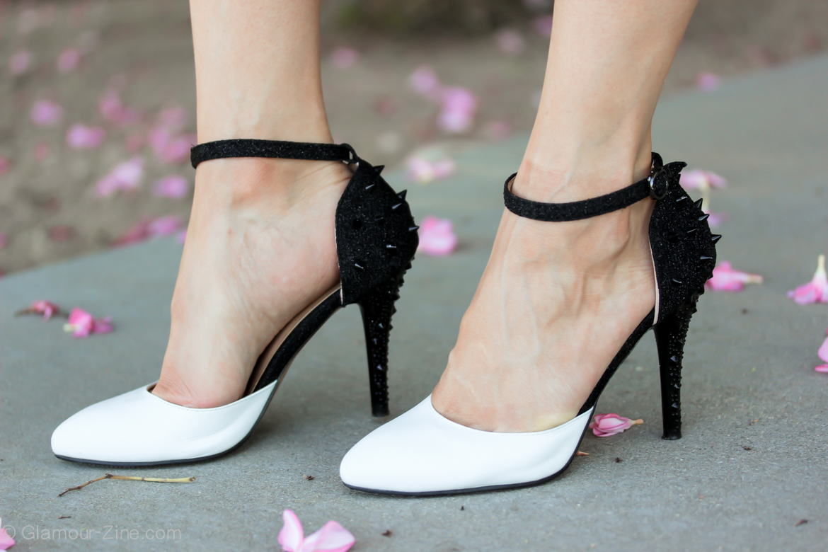 White And Black High Heels d6RR7pSF