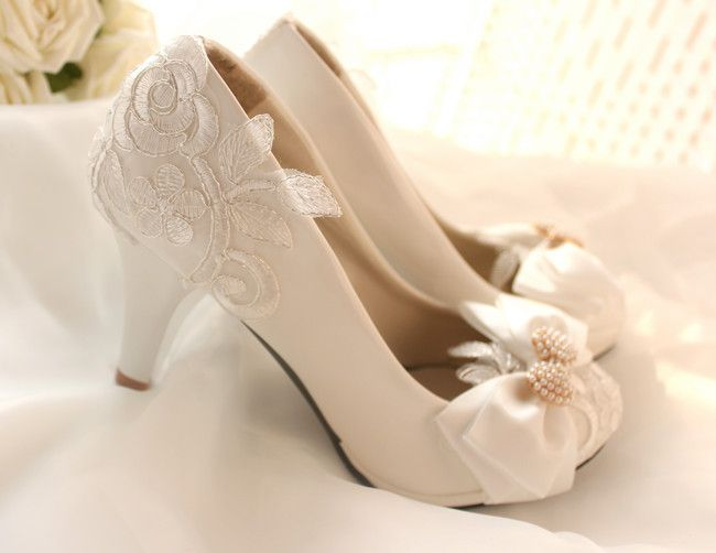 White Bridal Shoes Low Heel MDgZ8bMP