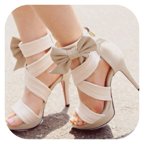 White Heels With Bow xmy8h38t