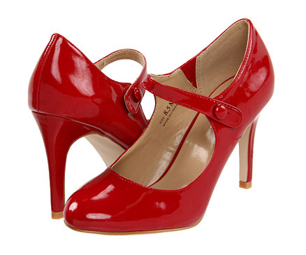 Wide Red Heels on8Fhbnq